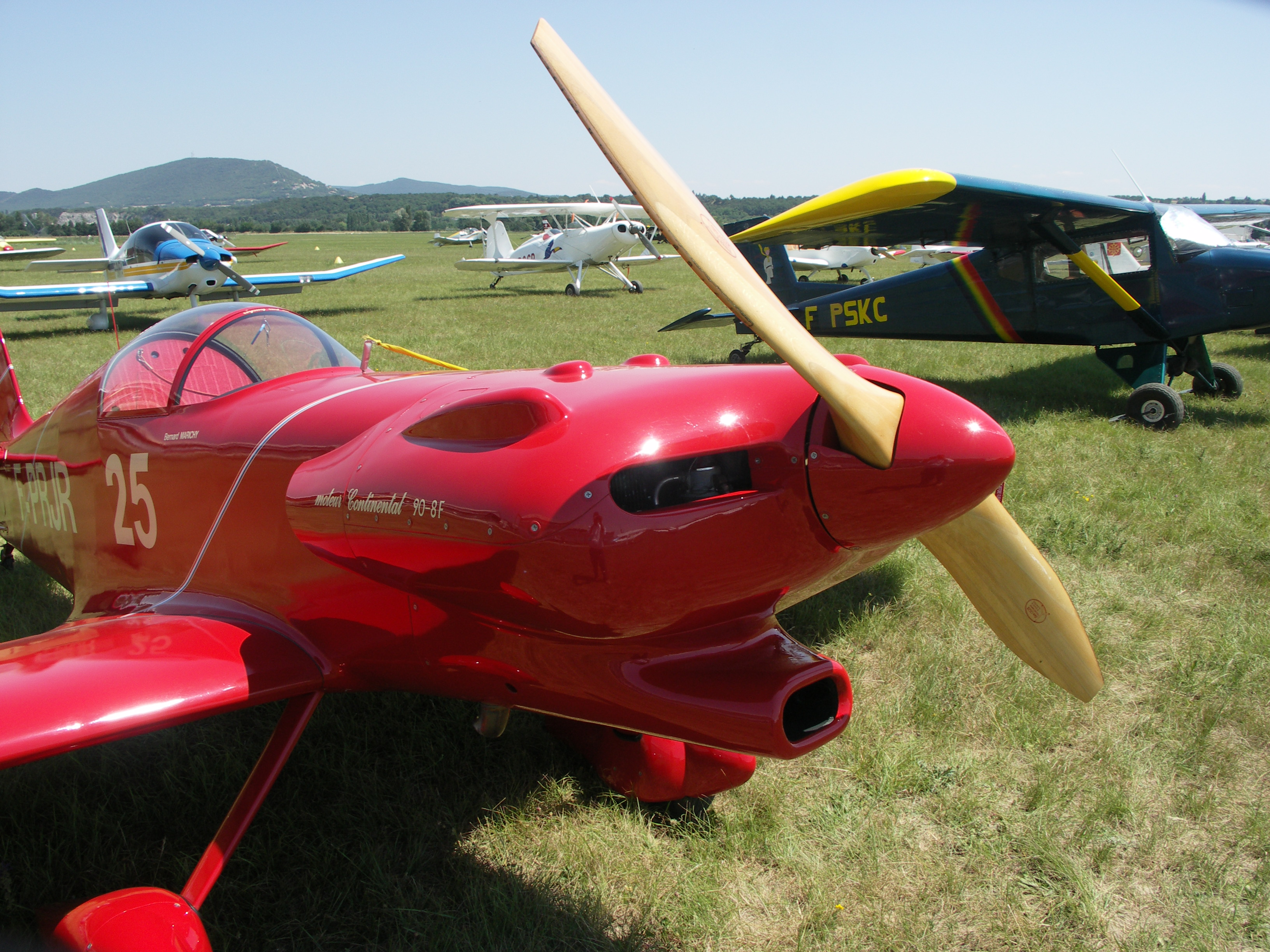 Avion de course en bois, Max Plan MP-205 Buzard